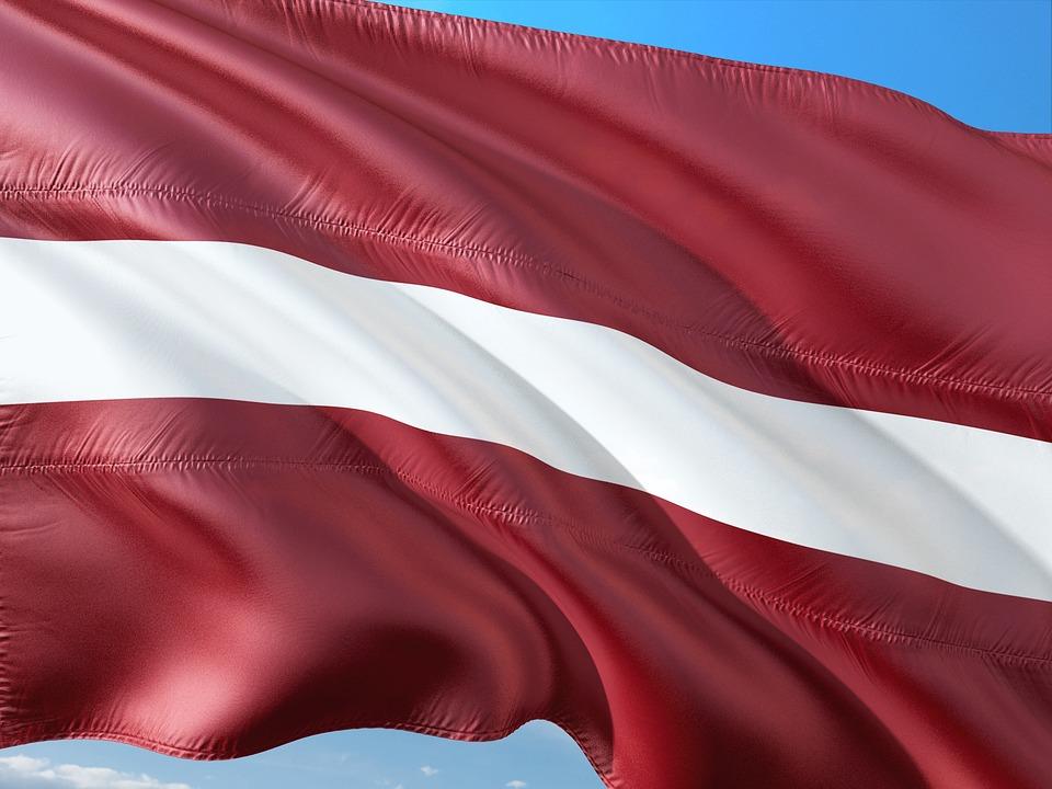 Paket nach Lettland